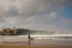 销售,摩洛哥- 2017年3月05日:麦地那拉巴特早晨视图  免版税库存图片