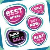 销售-传染媒介证章汇集 被设置的抽象销售徽章 黑星期五摘要徽章 最佳的提议徽章 图库摄影