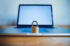 锁作为保密性和一般数据保护章程的标志 库存照片