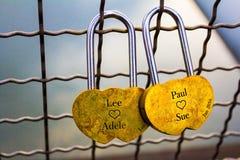 锁在桥梁 免版税库存照片