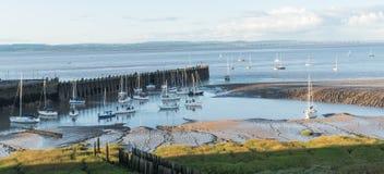 锁的许多游艇在夏天 免版税库存照片