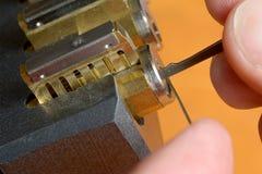 锁采摘-两个工具 免版税图库摄影