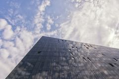 锋利的点-大厦建筑学 库存图片