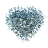 锋利的爱和嫉妒:被隔绝的水晶心脏形状 免版税库存图片
