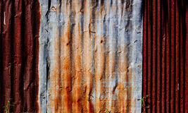锌墙壁篱芭 免版税库存照片