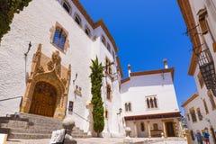 锡切斯, CATALUNYA,西班牙- 2017年6月20日:博物馆Marisel de 3月的大厦 复制文本的空间 免版税库存照片
