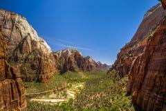 从锡安国家公园的美好的鸟瞰图 免版税库存照片