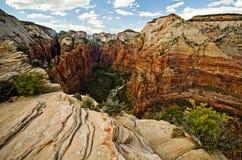 锡安峡谷如被看见从登陆在锡安国家公园的天使 免版税库存图片