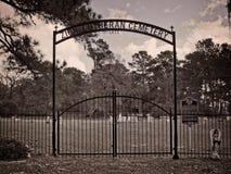 锡安路德教会的公墓1873入口 免版税库存图片