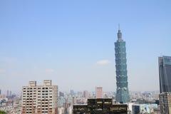 从锡昂队山的台北101在台北,台湾, ROC 图库摄影
