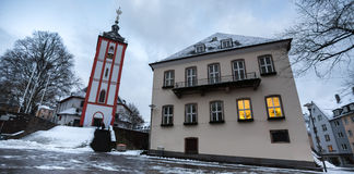锡根德国尼古拉教会在冬天 免版税图库摄影