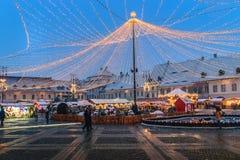 锡比乌,罗马尼亚- 2017年11月27日:圣诞节市场在锡比乌 免版税库存照片