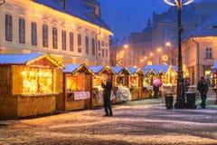 锡比乌,罗马尼亚- 2017年11月27日:圣诞节市场在锡比乌 免版税库存图片