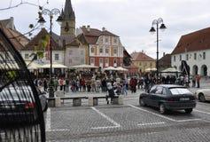 锡比乌, 6月16日:从锡比乌小正方形的马戏Reprezentation在罗马尼亚 免版税库存图片