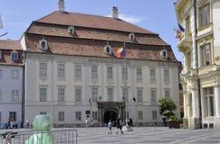 锡比乌, 6月16日:从锡比乌街市的Brukenthal国家博物馆在罗马尼亚 库存照片