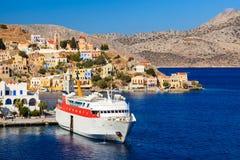 锡米岛轮渡希腊 图库摄影