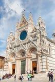 锡耶纳大教堂中央寺院二锡耶纳是中世纪教会,它是上午 免版税库存照片