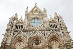 锡耶纳大教堂门面,锡耶纳,托斯卡纳,意大利 库存照片