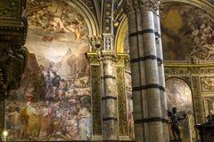 锡耶纳大教堂,锡耶纳,意大利内部和细节  图库摄影