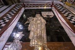 锡耶纳大教堂,锡耶纳,意大利的路面 免版税库存照片