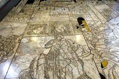 锡耶纳大教堂,锡耶纳,意大利的路面 图库摄影