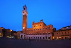 锡耶纳,中央Italya€Tss的Piazza del园地一个城市 免版税图库摄影