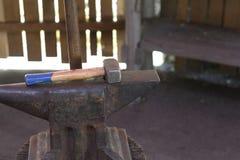 锤子和铁砧 库存照片