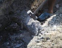 锤子被击中的具体杆 库存图片