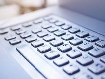 键盘类型社会企业概念的按钮关闭 免版税库存照片