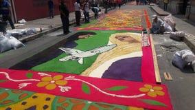 锯木屑色的地毯准备宗教夏天庆祝特古西加尔巴洪都拉斯2019 6 免版税库存照片