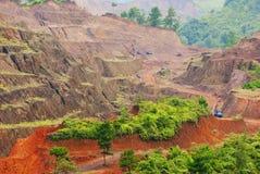 锰开采矿石 免版税库存照片
