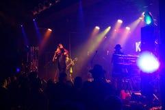 锹的国王在舞台使用在MOTOWN华伦泰5 免版税库存图片