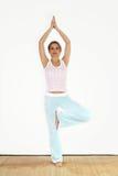 锻炼瑜伽 免版税库存图片