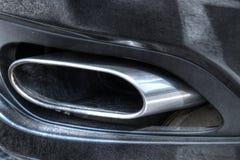 镀铬物排气管 免版税库存图片