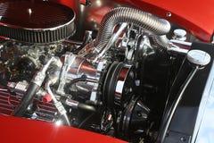 镀铬物经典引擎V-8 免版税库存图片