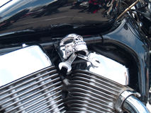 镀铬物被镀的摩托车引擎 免版税图库摄影