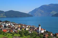 镇在意大利,科莫湖 库存图片