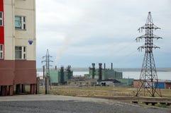 镇在Pevek的发电站 库存图片