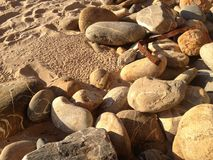 镇定的沙子、石头、岩石和海滩项目 免版税图库摄影