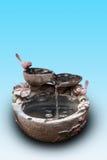 镇江穿过古老工艺盆的水罐头的街道的Xijin 图库摄影