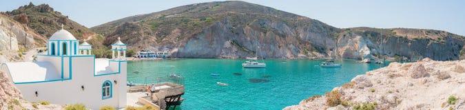 镇的全景Firopotamos海湾的 免版税库存照片
