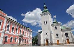 镇的Ruzomberok,斯洛伐克天主教堂 免版税库存照片
