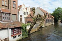 镇视图布鲁基(比利时) 免版税库存图片
