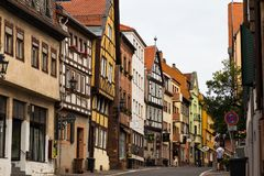 镇阿沙芬堡,德国 城市老街道 免版税图库摄影