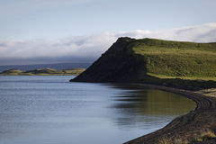 镇静冰岛湖myvatn 库存图片