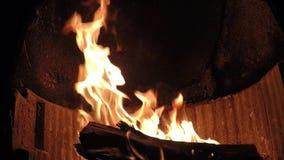 镇静美丽的壁炉发火焰慢动作 影视素材