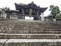 镰仓寺庙门 库存照片