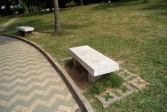 长凳公园石头 库存照片