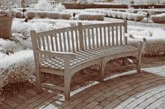 长凳庭院红外线 库存照片