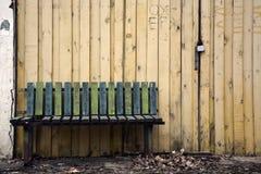 长凳老木 免版税库存照片